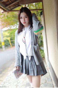 女神徐cake回归 户外学院风系列图片