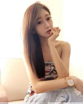 吴岱羚- 女神级舞蹈老师真材实料的前凸后翘图片