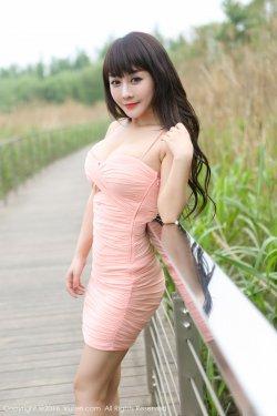 陈巧蓓isabella《外拍超短裙系列》 [秀人网XiuRen] No.529