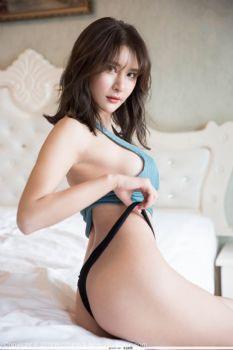 花漾 Vol.99 翘美臀风骚熟妇尹菲风骚诱惑