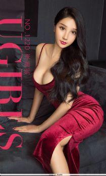 李美熙大S的诱惑 红色丝绒吊带高贵范图片