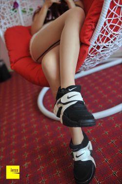 [IESS异思趣向]-丝足便当003 @楚楚 -丝袜与运动鞋